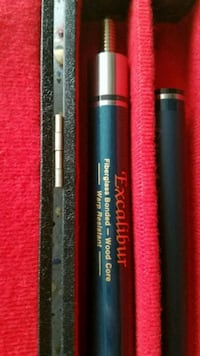 Excalibur fiber pool cue  18oz with case Falls Church, 22046