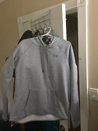 New w price tag under Armour hoodie Merrickville-Wolford, K0G