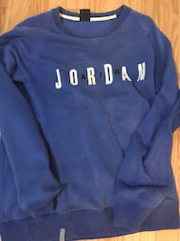 blue and white Hollister pullover hoodie Mississauga, L4T