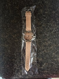 Adjustable Watch with Wood Design