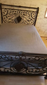 Queen bed headboard footboard and rails  South Milwaukee, 53172