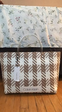 Calvin Klein women's bag brand new (price is negotiable ) Toronto, M3L 1L2