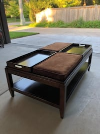 Couch and coffee table CICERO