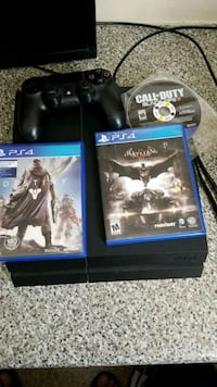 console game ps 4  500 GB with remote and 3 games Northglenn, 80233