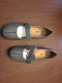 Clark's leather flats Laurel, 20707