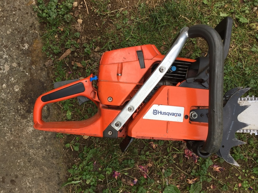 Husqvarna 390xp with 33inch bar. Barely used runs perfect - Canada