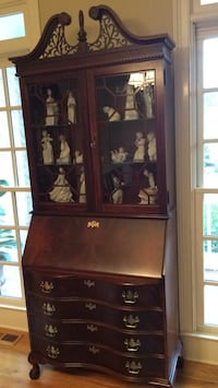 brown wooden framed glass display cabinet Milton, 30004