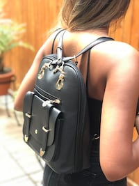 Woman Leather backpack Laval, H7N 3A5
