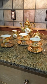 Gold tea set Boise, 83712