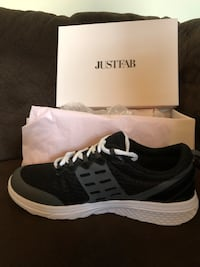 Just Fab sneakers  Brunswick, 21716