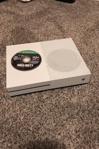 Xbox One S BROKEN HDMI w/COD:AW Mission, V2V 7R9
