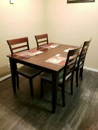 Dining table with 4 chairs Tulsa, 74146