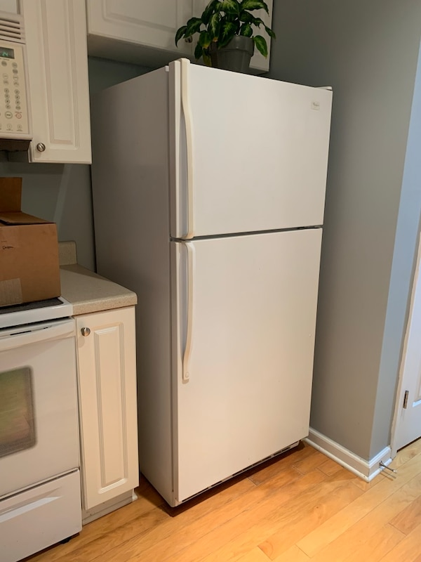 Used Whirlpool refrigerator for sale in Raleigh - letgo