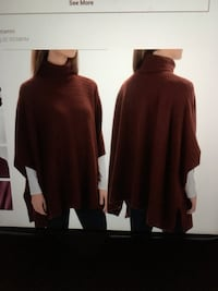 Ladies Adrienne Vittadini burgundy poncho style sweater in excellent condition size Large Oakville, L6K 1Y8