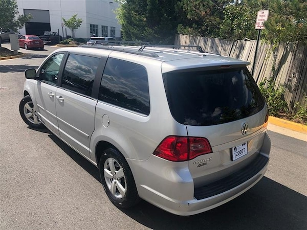 Volkswagen Routan 2011 bfd99609-2967-4dbc-a21f-5d42eded3f0a