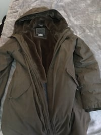 TNA winter jacket size xl Toronto, M1P