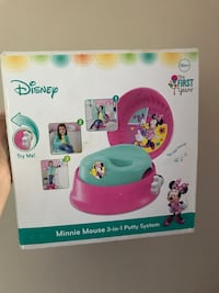 Minnie mouse potty trainer-new never used 18 mi