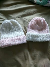 New born hand knitted hats Langley, V1M 2C2