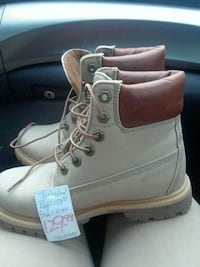 pair of brown Timberland work boots Toronto, M1L 2K1