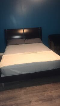 double bed for sale price negotiable  Toronto, M1M 3G1