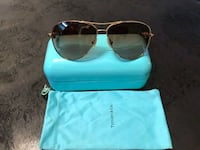 AthenticTiffany &Co. aviator sunglasses with case