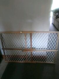 Pet/child gate Absecon, 08205