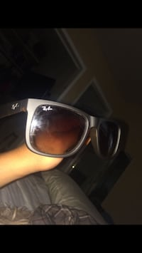 silver-colored framed sunglasses Springfield, 22150