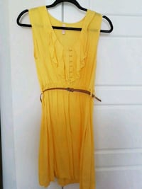 Yellow flowy dress Calgary, T3N 0E4