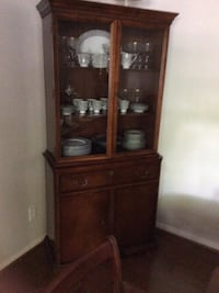 Cherrywood china cabinet, in great condition. Need to sell moving. Spring, 77380