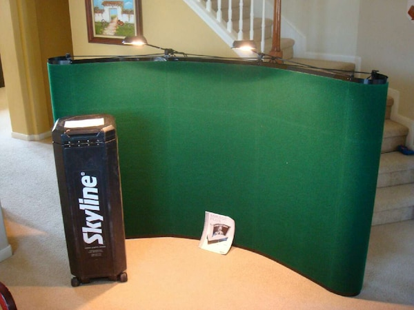 Used Skyline Pop Up Display Board With Hard Travel Case For Sale In - Travel pool table