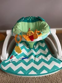 Fisher-Price-Sit-Me-Up Floor Chantilly, 20152