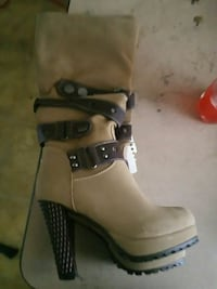 High boots size 7 brand new Freeport, 11520