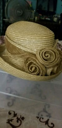 Straw hat Gainesville, 32609