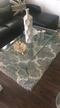 Solid tempered glass coffee table Tay, L0K