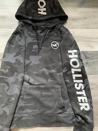 Black and Gray Hollister Camo Hoodie (S) New Westminster, V3M 6C9