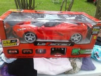 red and black car die-cast model Byron, 31008