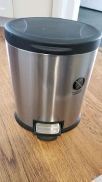 Small stainless garbage can Arlington Heights