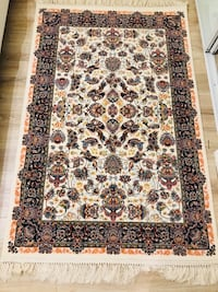 Silk carpet - brand new Richmond Hill, L4C 6Z9