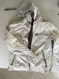 Quilted white leather zip-up jacket Newmarket, L3X 1P1