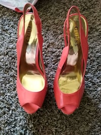 Size 9 guess heels. Take best offer Marion, 46952