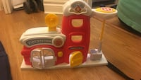 toddler's white and red Fire Station toy set Washington, 20008
