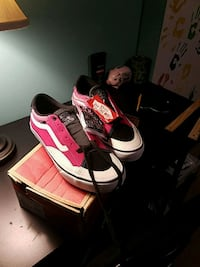 Vans mens size 10.5 pro pink shoes brand new Stafford, 22554