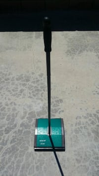 Bissell Manual Push Low Pile Carpet Cleaner.