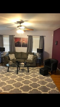 Beautiful living room set for sale. Entire room get the look Suitland, 20746