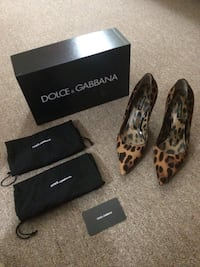 Brown and black leopard print dolce and gabbana pointed toe heels in pony hair Jersey City, 07305