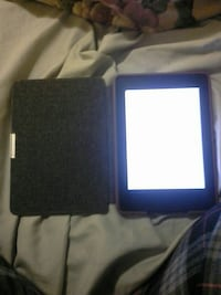 black kindle E reader