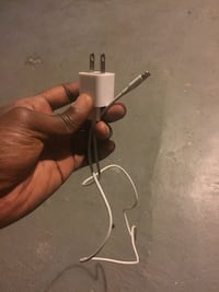 Iphone charger  Baltimore, 21230