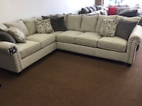 (New) Simmons Sectional in Linen Rock Hill, 29730