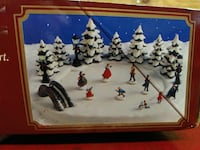 Holiday magnetic ice skaters decoration