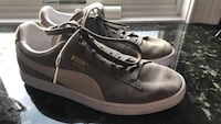 Pair of grey Puma Suede sneakers (Size: 8.5) Greenlawn, 11740